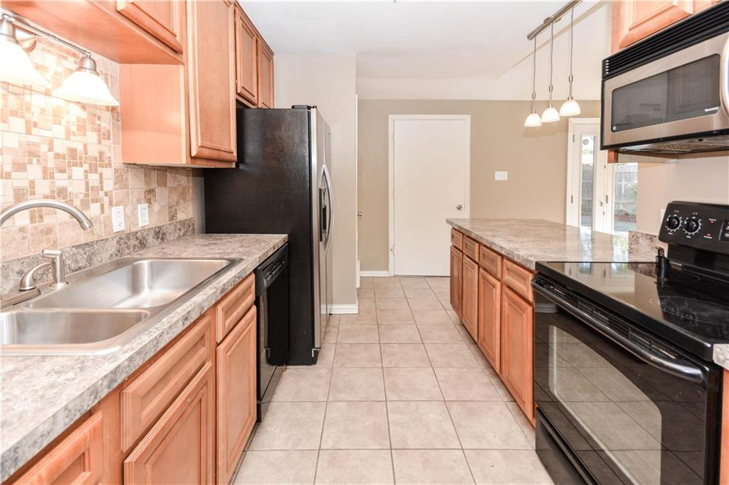 Housed Real Estate + Relocation  | 910 Warfield  Way Richardson, TX 75080 15