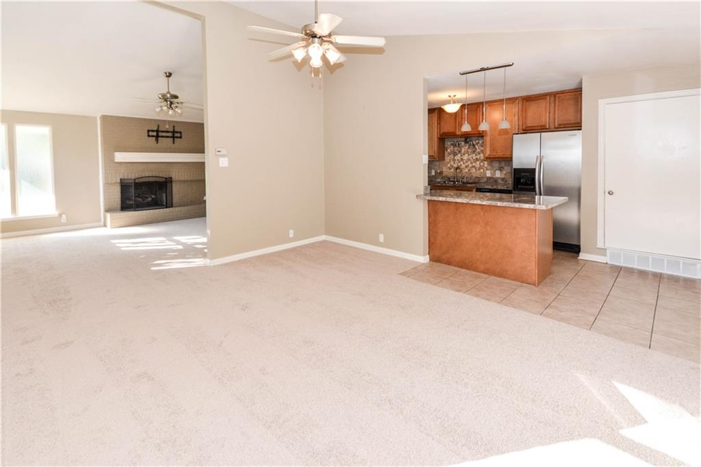 Housed Real Estate + Relocation  | 910 Warfield  Way Richardson, TX 75080 10