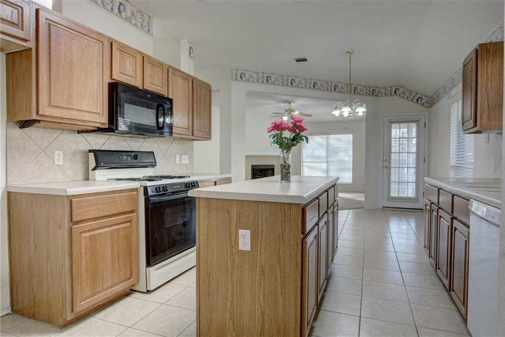 Sold Property | 404 N Jordan CV Bastrop, TX 78602 17