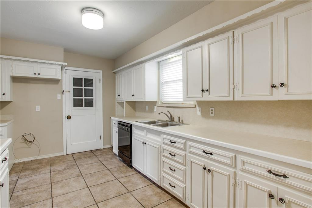 Housed Real Estate + Relocation  | 621 Twilight Trail Richardson, Texas 75080 9