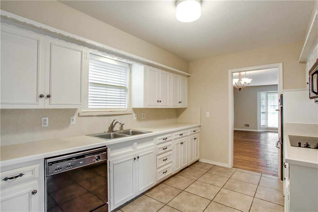 Housed Real Estate + Relocation  | 621 Twilight Trail Richardson, Texas 75080 10