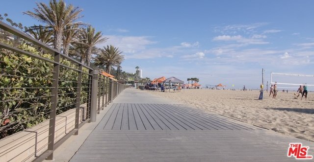 Active | 270 PALISADES BEACH Road #202 Santa Monica, CA 90402 1