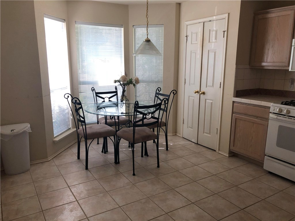 Sold Property   103 Shenandoah Trail Elgin, TX 78621 7