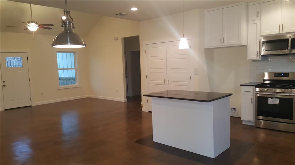 Sold Property | 323 Lamaloa Lane Bastrop, TX 78602 10