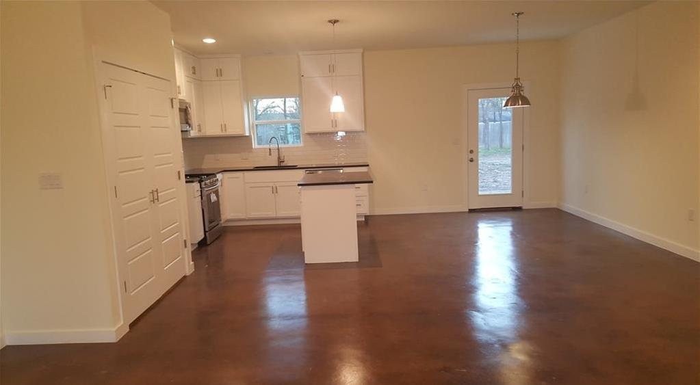 Sold Property | 323 Lamaloa Lane Bastrop, TX 78602 6