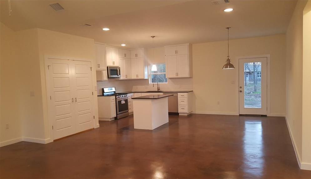Sold Property | 323 Lamaloa Lane Bastrop, TX 78602 9