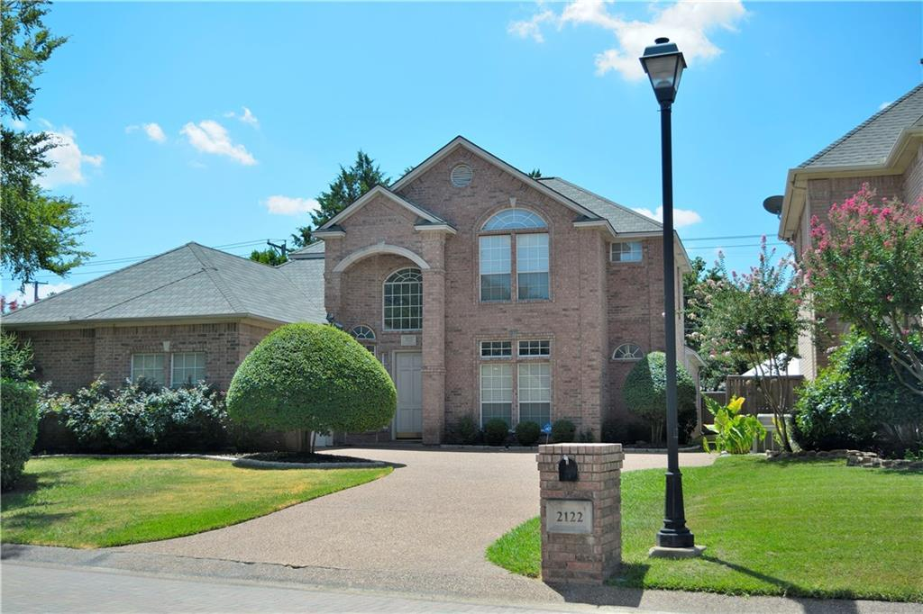 Housed Real Estate + Relocation  | 2122 Royal Dominion Court Arlington, Texas 76006 3