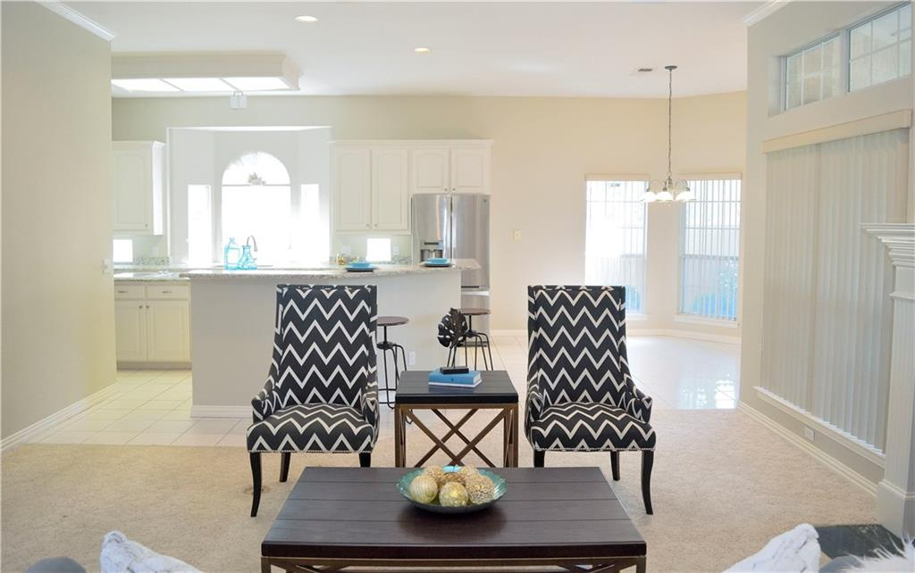 Housed Real Estate + Relocation  | 2122 Royal Dominion Court Arlington, Texas 76006 16