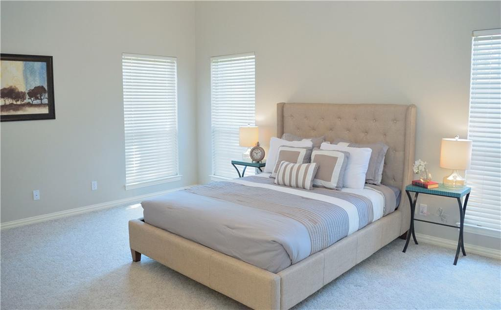 Housed Real Estate + Relocation  | 2122 Royal Dominion Court Arlington, Texas 76006 20