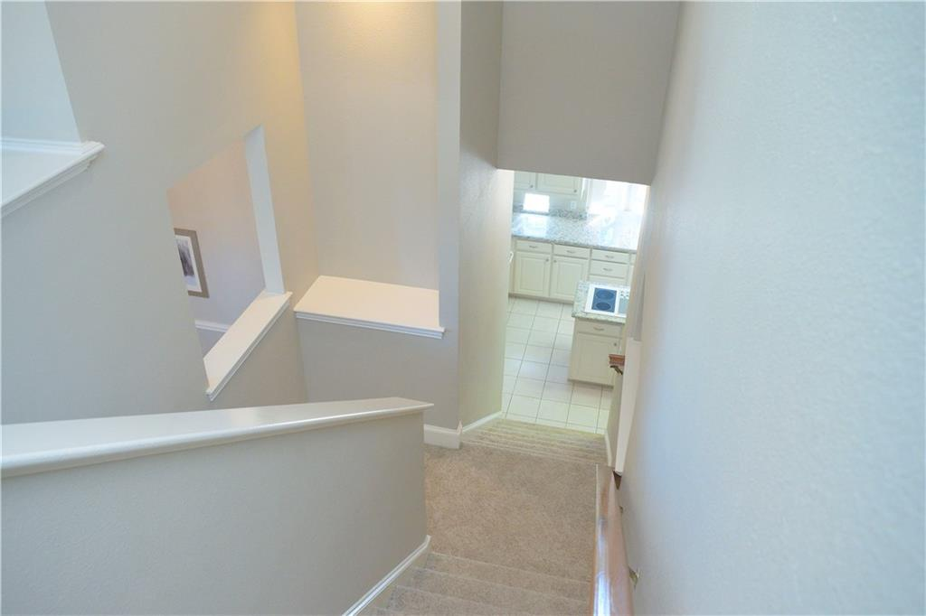 Housed Real Estate + Relocation  | 2122 Royal Dominion Court Arlington, Texas 76006 8