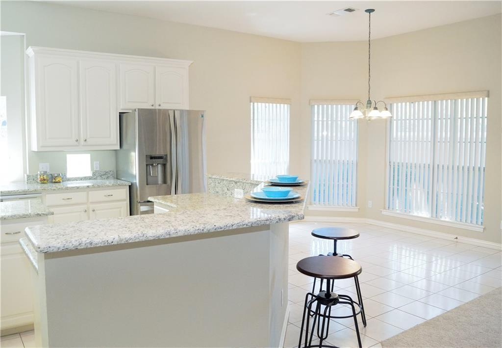 Housed Real Estate + Relocation  | 2122 Royal Dominion Court Arlington, Texas 76006 9