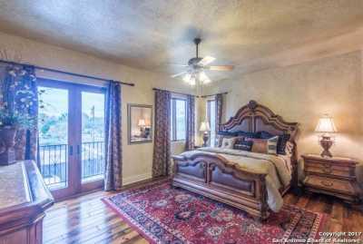 Property for Rent   412 RIVER RD  Boerne, TX 78006 13