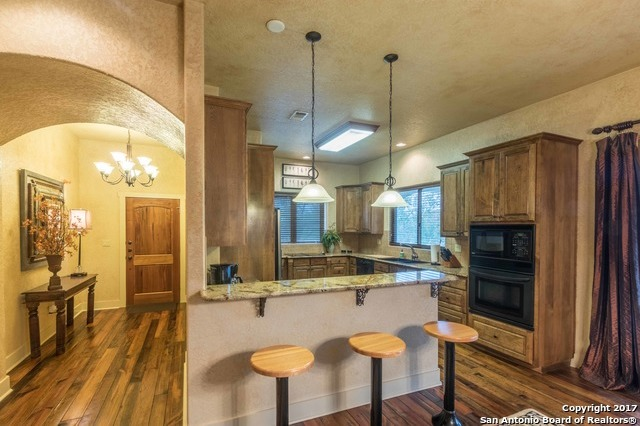 Property for Rent | 412 RIVER RD  Boerne, TX 78006 6