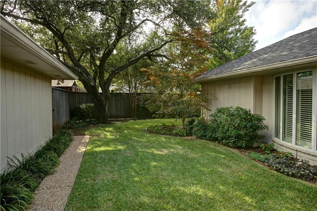 Housed Real Estate + Relocation  | 16920 Park Hill  Drive Dallas, TX 75248 25