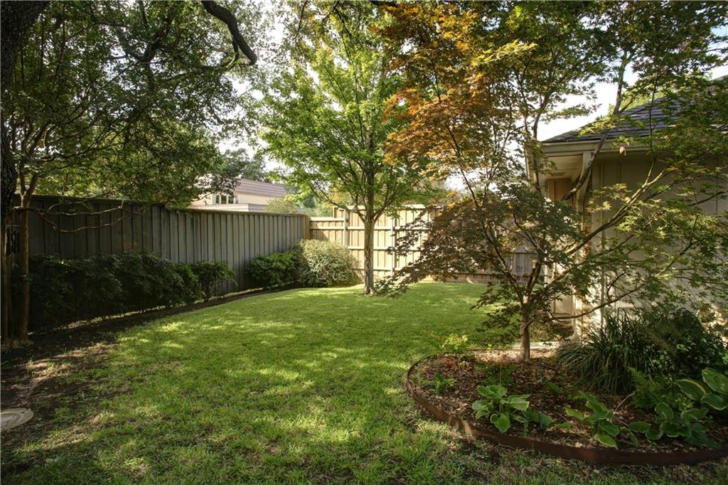 Housed Real Estate + Relocation  | 16920 Park Hill  Drive Dallas, TX 75248 28