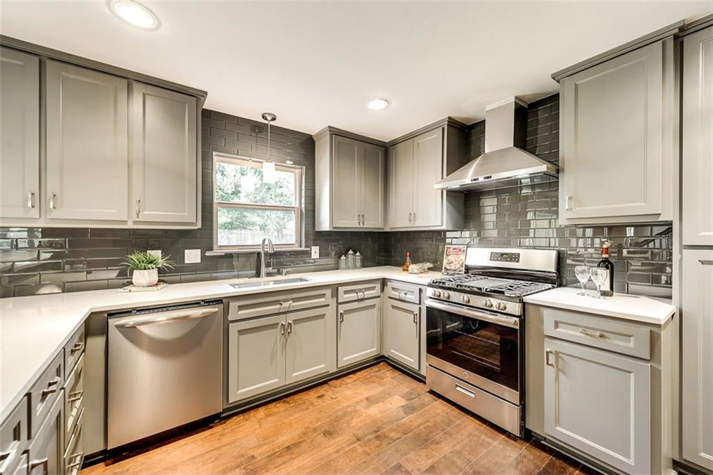 Housed Real Estate + Relocation  | 7537 Spring Valley  Road Dallas, TX 75254 16