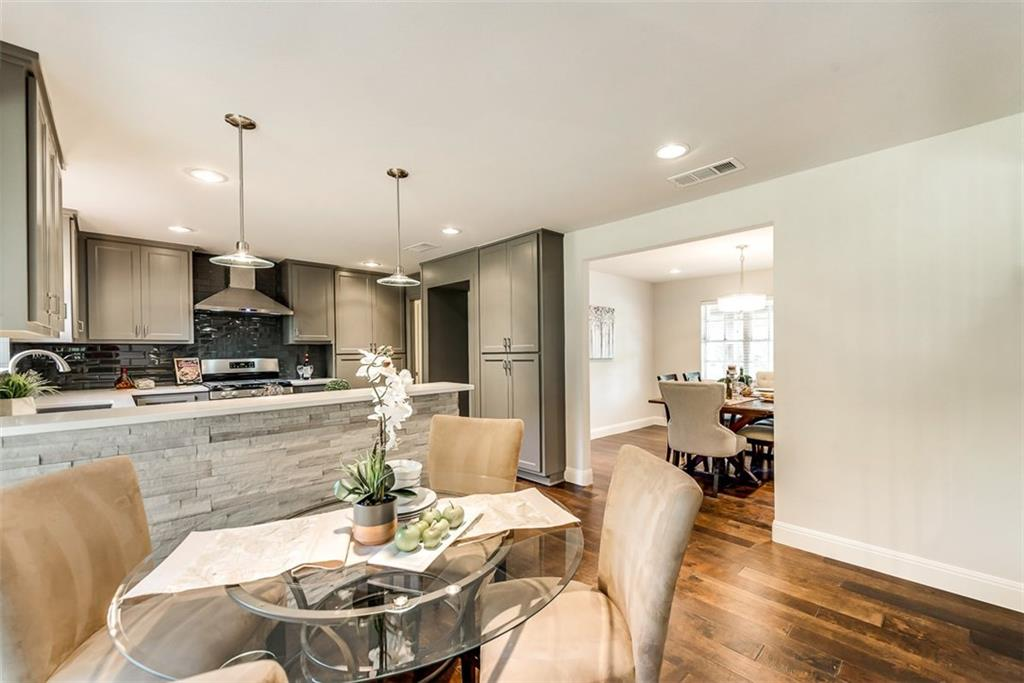 Housed Real Estate + Relocation  | 7537 Spring Valley Road Dallas, Texas 75254 18