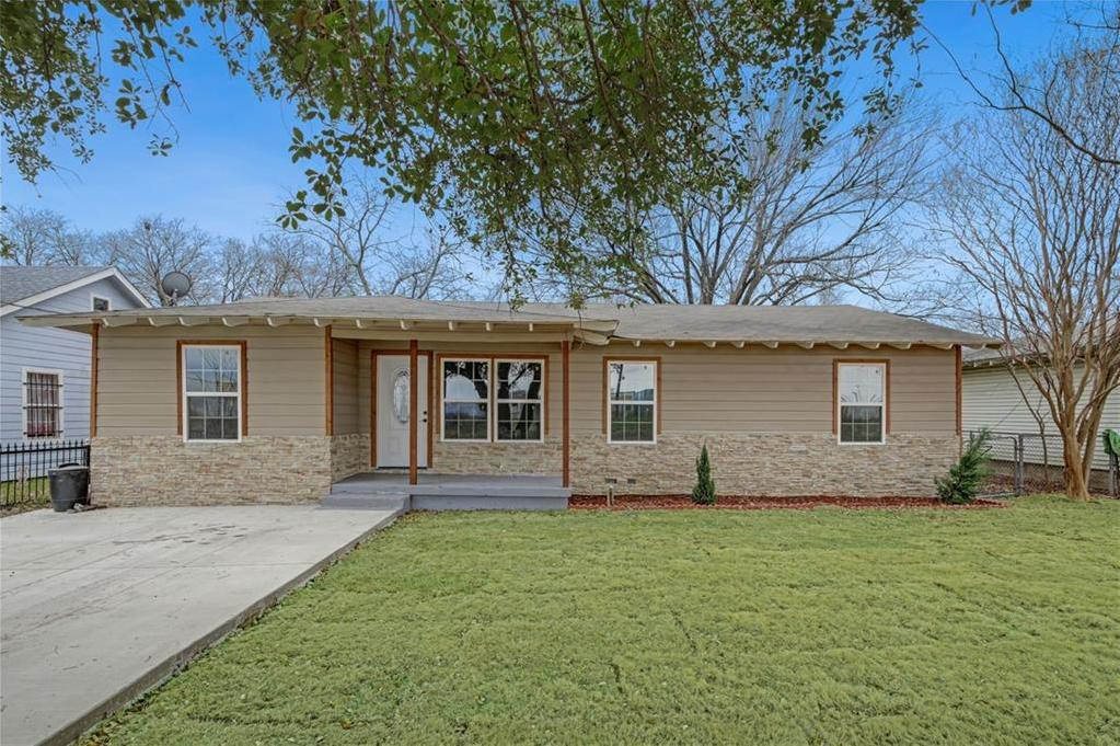 Sold Property | 4425 Trippie Street Lancaster, Texas 75134 2