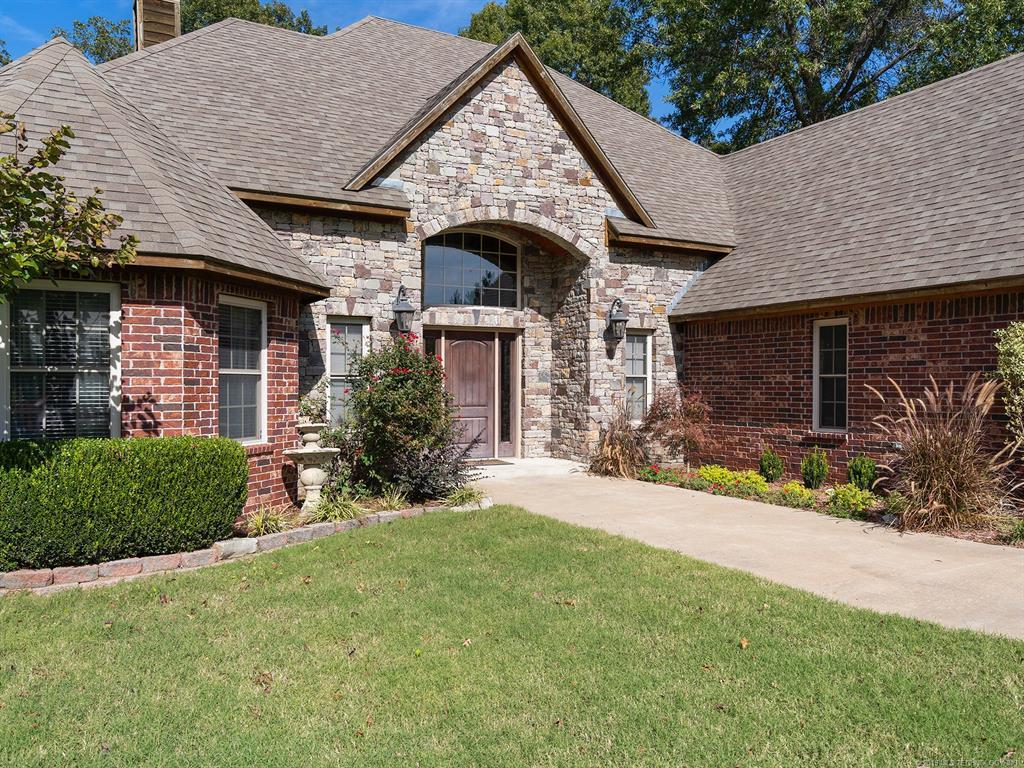 Off Market | 21 Cypress Circle Pryor, Oklahoma 74361 3