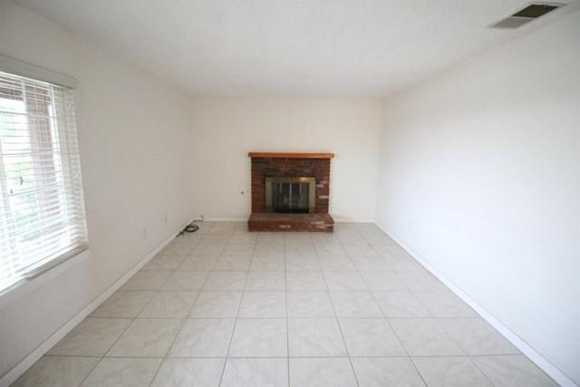 Closed   20999 Sandia Road Apple Valley, CA 92308 11