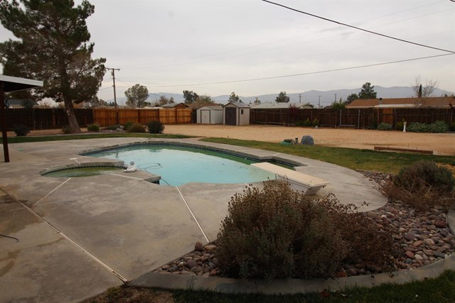 Closed   20999 Sandia Road Apple Valley, CA 92308 39