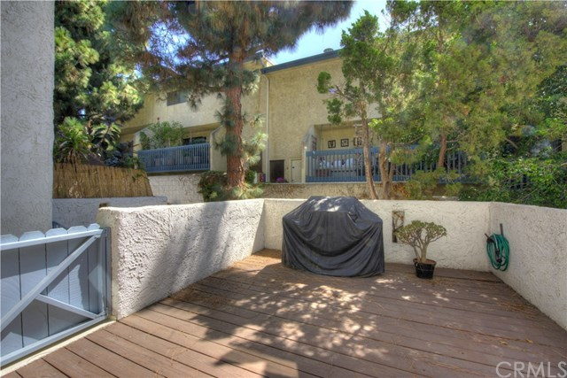 Closed | 1908 Grant Avenue #E Redondo Beach, CA 90278 3