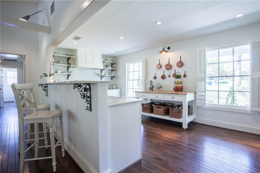 Housed Real Estate + Relocation  | 13224 Copenhill Road Dallas, Texas 75240 13
