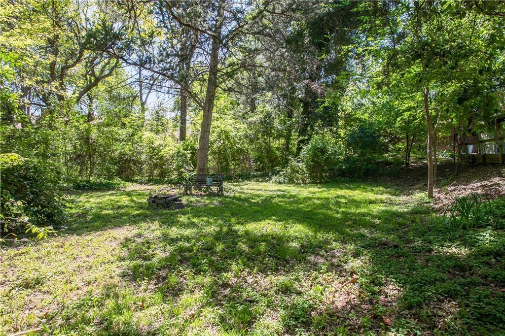 Housed Real Estate + Relocation  | 13224 Copenhill Road Dallas, Texas 75240 32