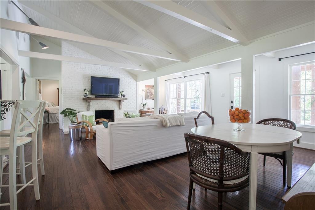 Housed Real Estate + Relocation  | 13224 Copenhill Road Dallas, Texas 75240 11