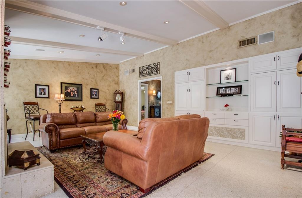 Housed Real Estate + Relocation  | 7115 MEADOWCREEK  Drive Dallas, TX 75254 17