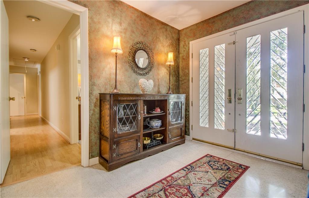 Housed Real Estate + Relocation  | 7115 MEADOWCREEK Drive Dallas, Texas 75254 6