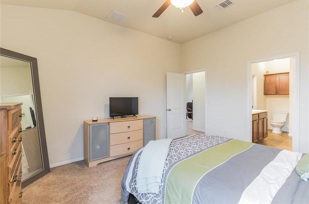 Sold Property | 12112 Walter Vaughn Drive Manor, TX 78653 12