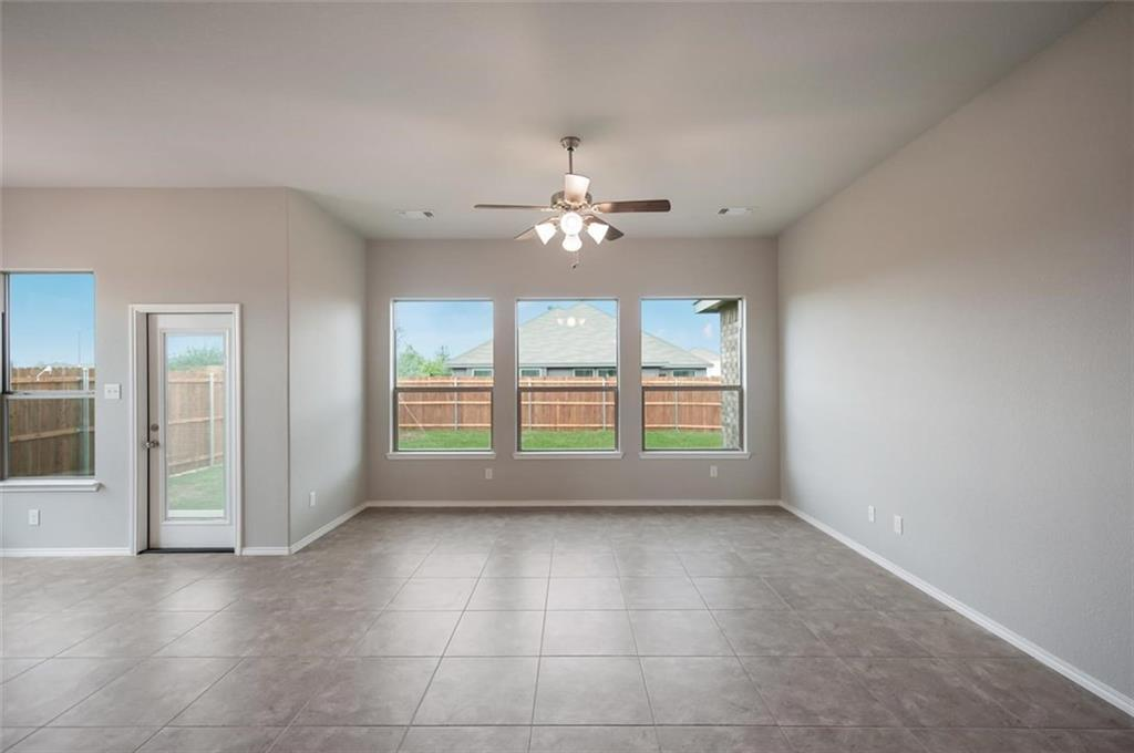 Active | 6333 Red Cliff Drive Fort Worth, TX 76179 11