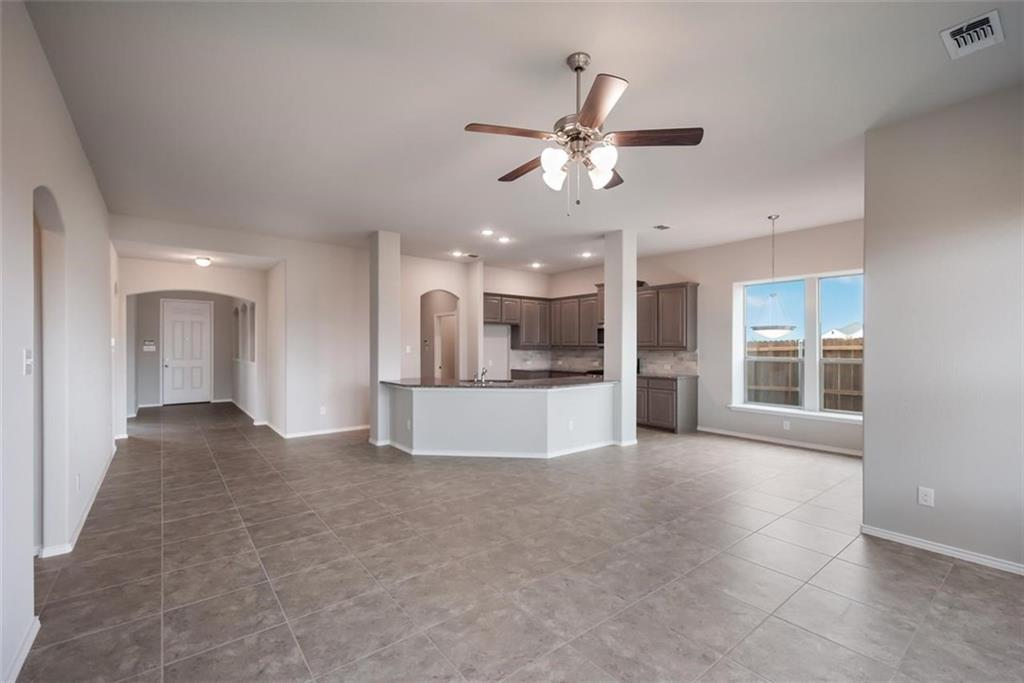 Active | 6333 Red Cliff Drive Fort Worth, TX 76179 2
