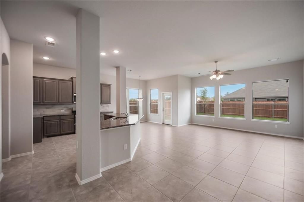 Active | 6333 Red Cliff Drive Fort Worth, TX 76179 3