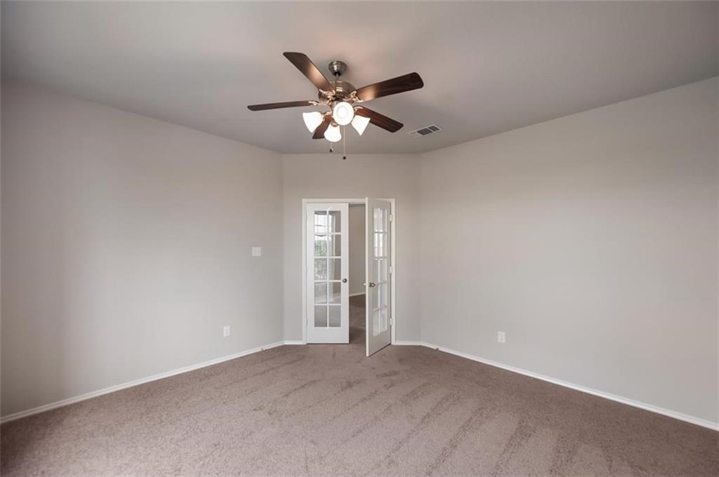 Active | 6333 Red Cliff Drive Fort Worth, TX 76179 9