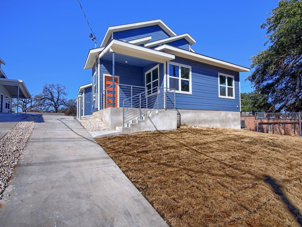 Sold Property | 1136 Chicon Street #A Austin, TX 78702 3