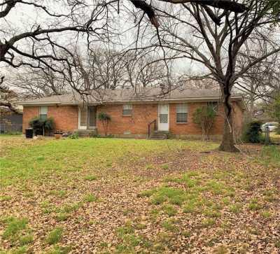 Sold Property   1023 Hopkins Drive Denton, Texas 76205 2