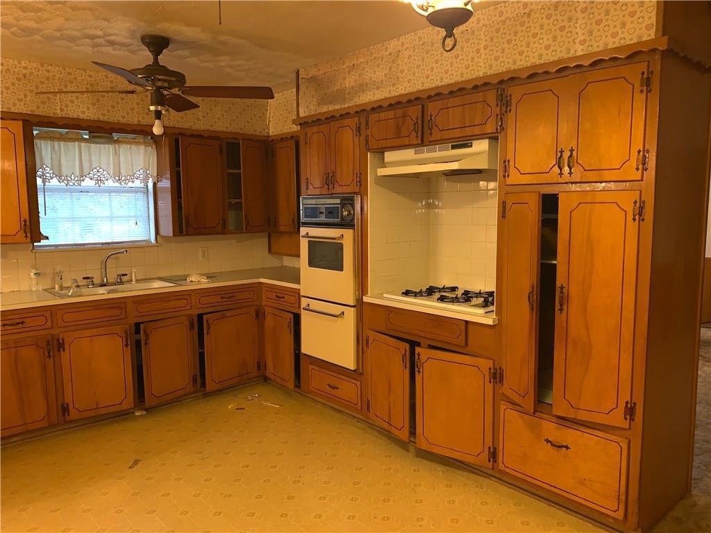 Sold Property | 1023 Hopkins Drive Denton, Texas 76205 3