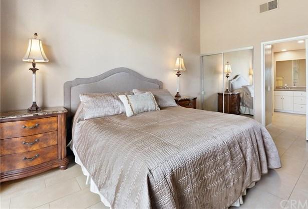 Closed | 39000 Gladiolus Lane Palm Desert, CA 92211 37