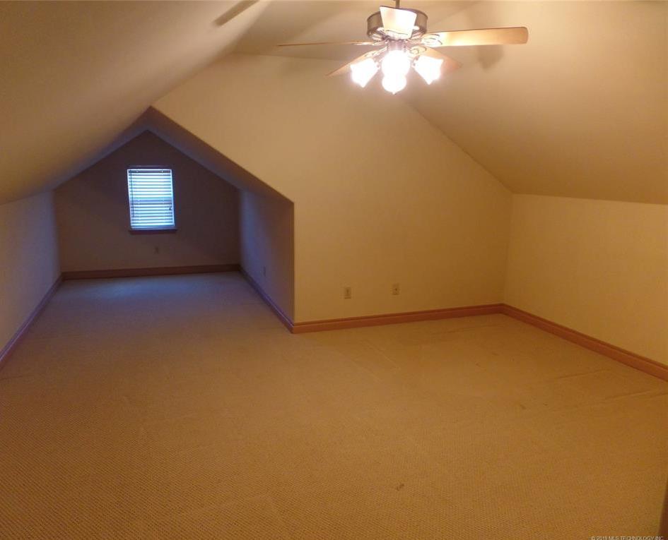 Off Market   1430 Timber Lane McAlester, Oklahoma 74501 25