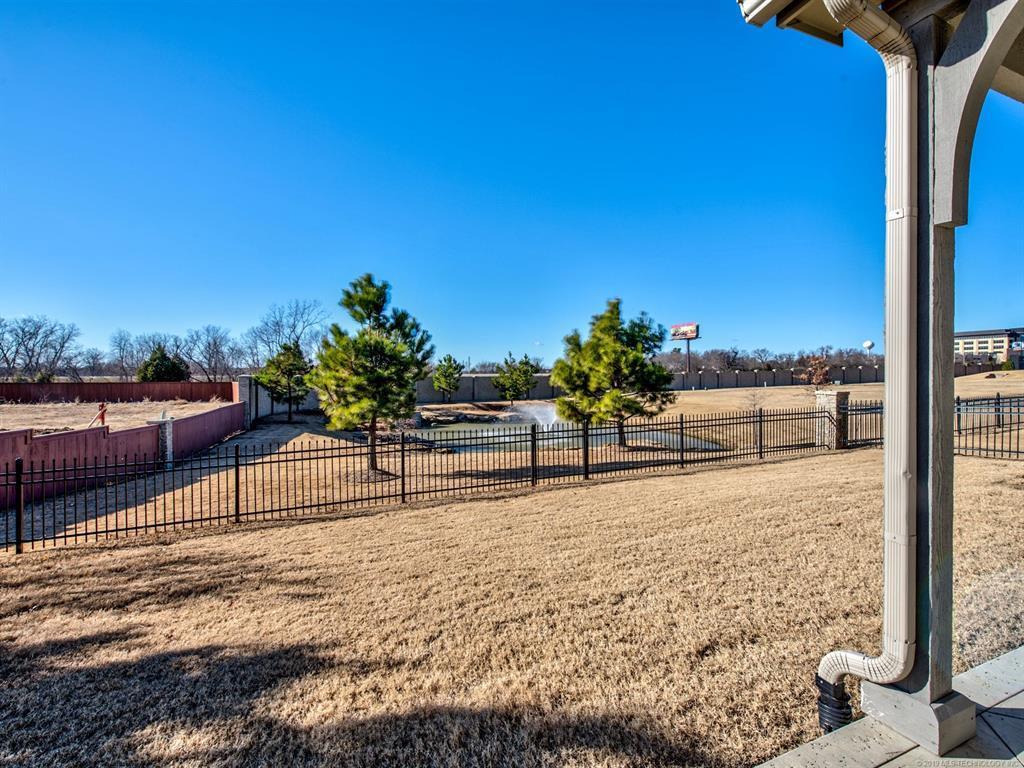 Off Market | 8606 S Phoenix Place Tulsa, Oklahoma 74132 26