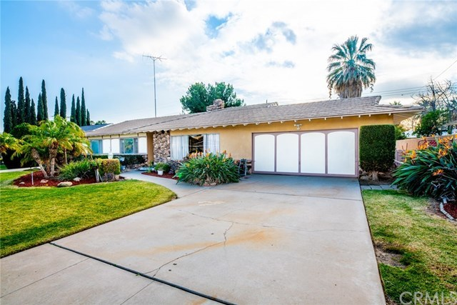 Closed | 5776 Olive Avenue Rialto, CA 92377 2