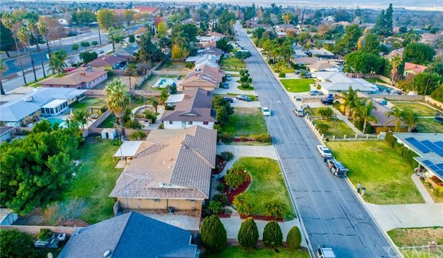 Closed | 5776 Olive Avenue Rialto, CA 92377 35