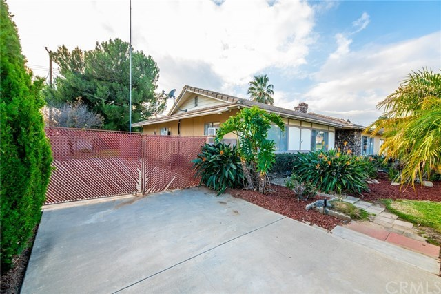 Closed | 5776 Olive Avenue Rialto, CA 92377 6