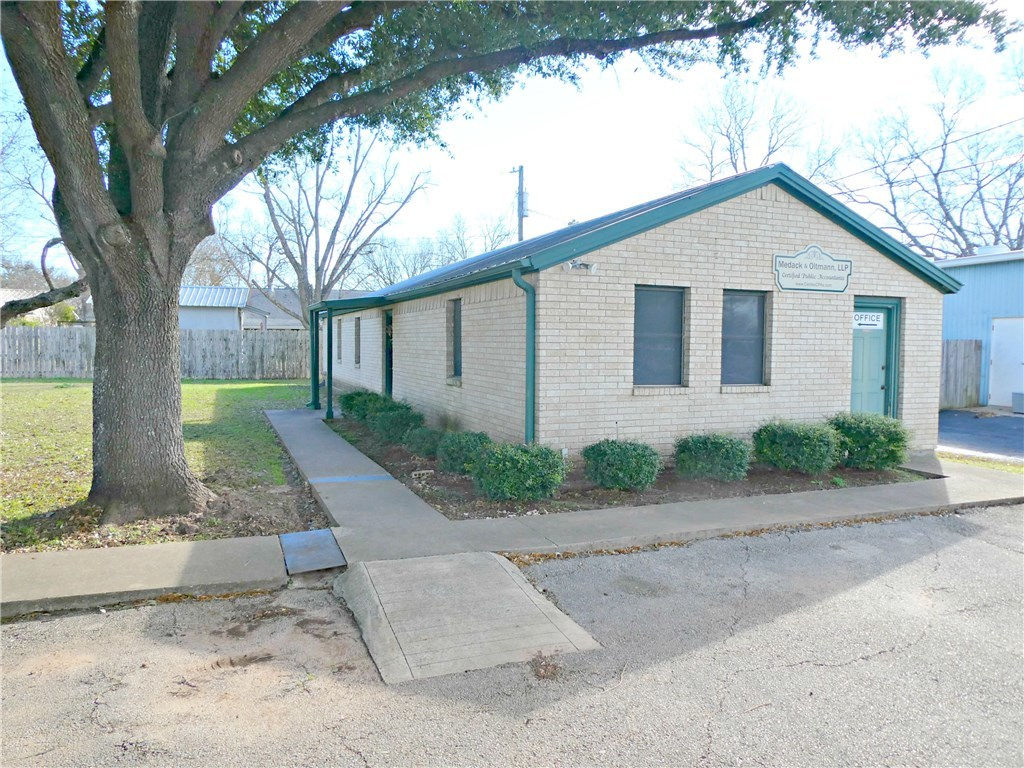 Pending - Taking Backups | 115 Loop 150  Bastrop, TX 78602 0