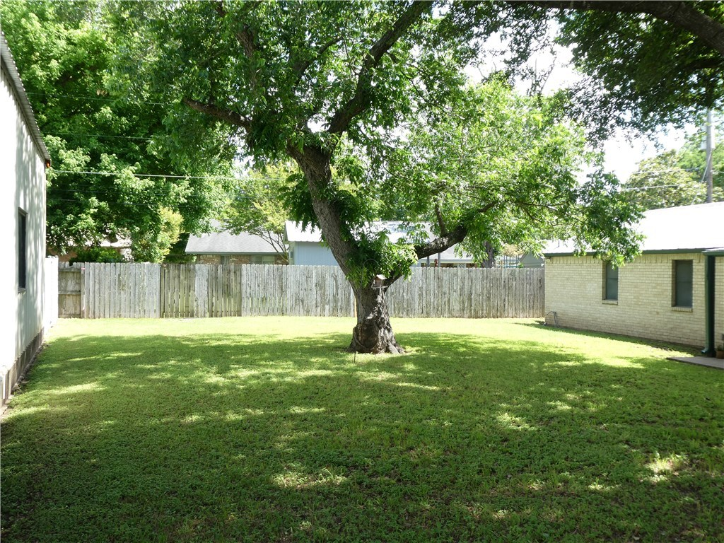 Pending - Taking Backups | 115 Loop 150  Bastrop, TX 78602 15