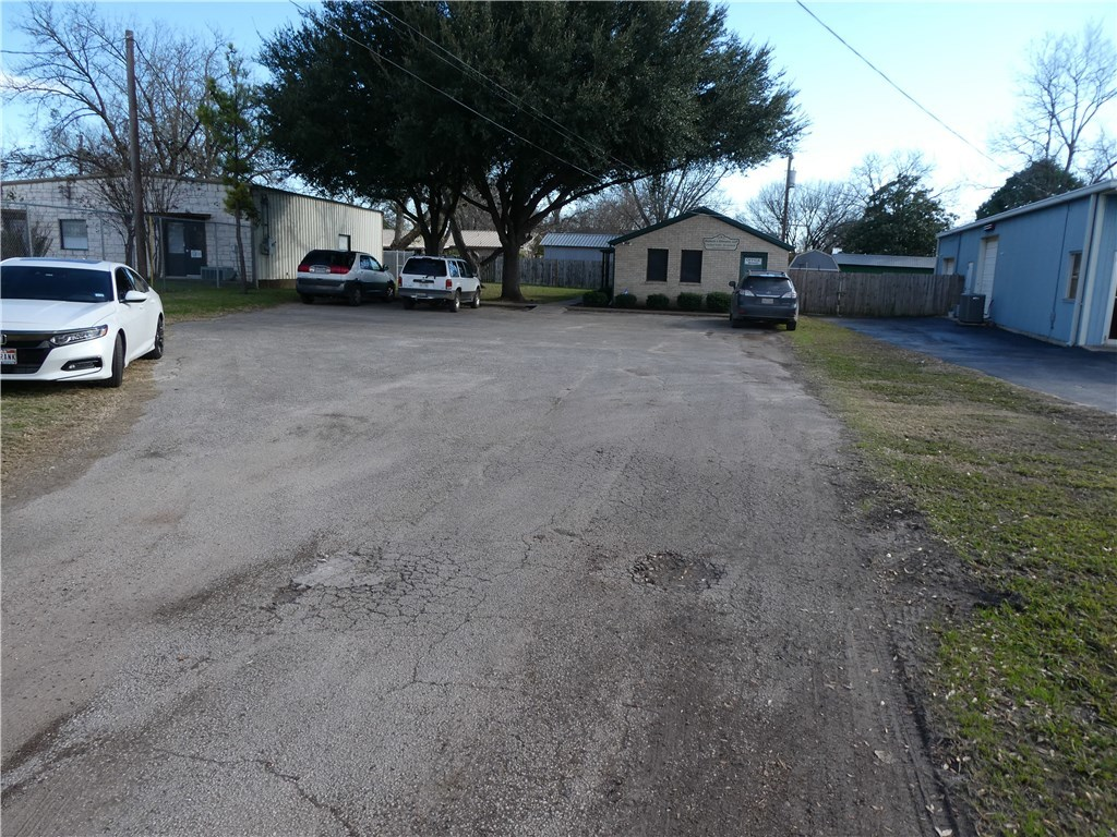Pending - Taking Backups | 115 Loop 150  Bastrop, TX 78602 3
