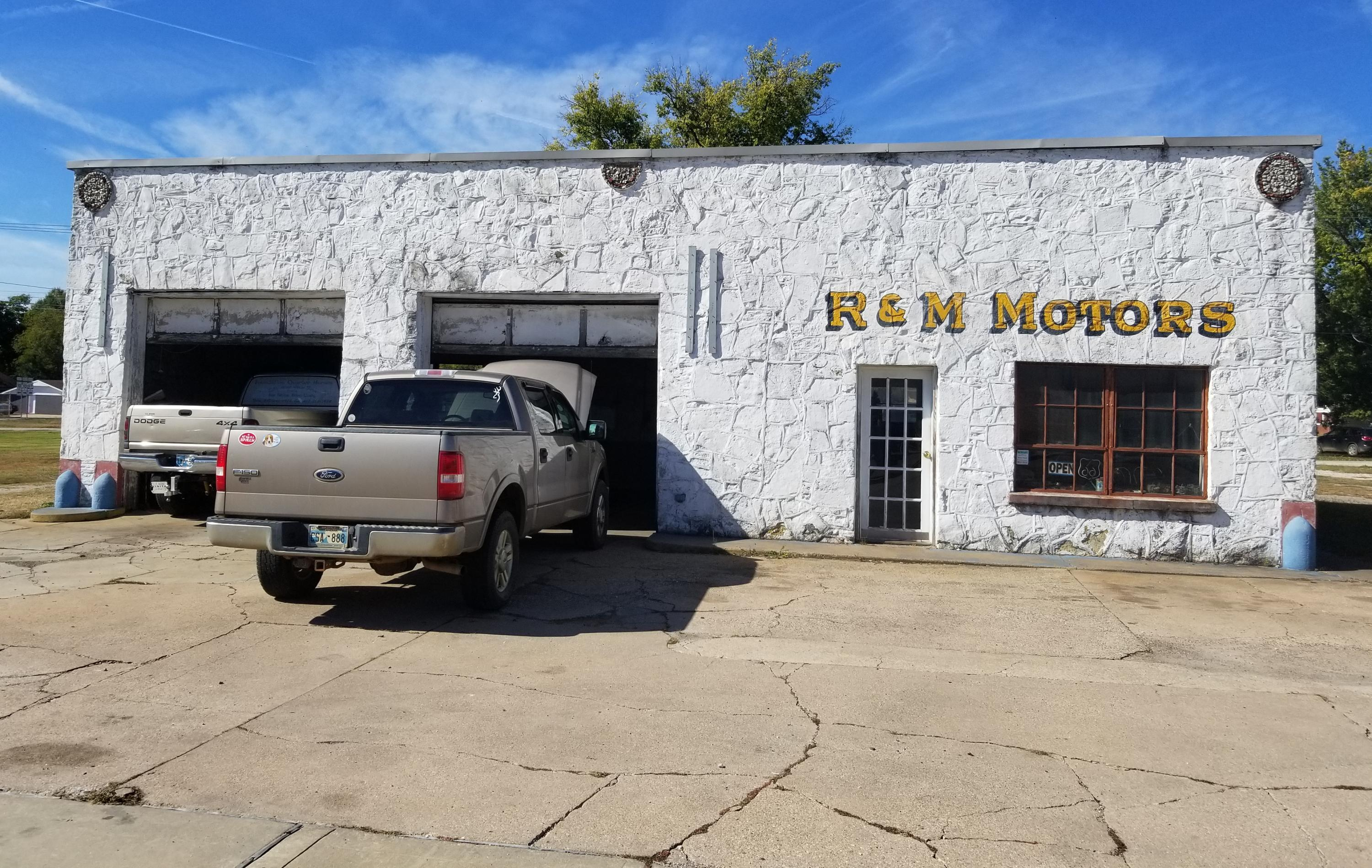 Off Market | 218 S Main Street Miami, OK 74354 1