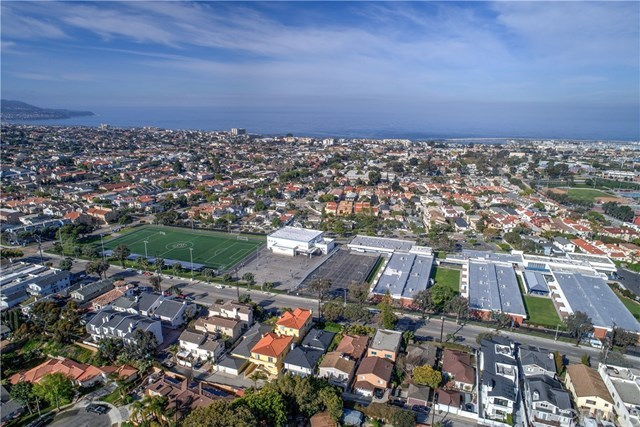 Closed | 206 N Prospect Avenue Redondo Beach, CA 90277 49